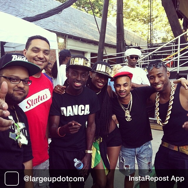Repost from @largeupdotcom LargeUp @CiphaSounds + everyone who came out for @ChronixxMusic @JuniorReidOneBlood at Central Park @SummerstageNYC. And most definitely LargeUp @BlackaDiDanca @Nelly24 @Micro_Don_Daddy @SirLedgen and the whole @RiceandPeasParty crew for holding it down between sets. reggae dancehall dancers summerstage14 chronixxsummerstage