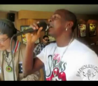 Mr Vegas longside Herbert Spliffington (Video)